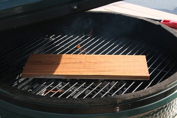 cookingoutdoors2 Step Up Your Grilling Game with a Cedar Plank