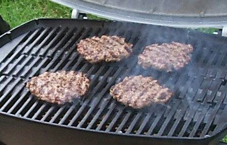 burgersonthegrill Cooking Outdoors: Grilling on the Go!