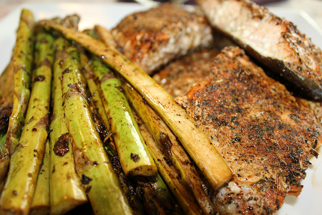 7069391353 9cac655e1c z Grilled Tuscan Salmon and Marinated Asparagus