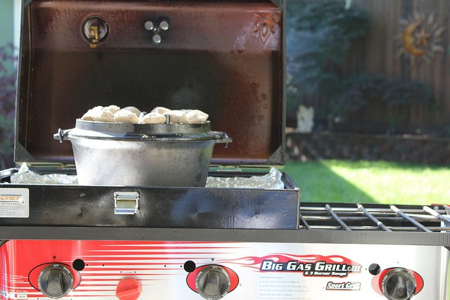 Using The Camp Chef Big Gas Grill As A Dutch Oven Table