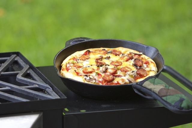 Easy Cast Iron Skillet Linguica Pizza Recipe