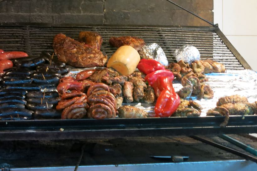5 tips to grill like an argentinian cooking outdoors - Barbecue argentin ...