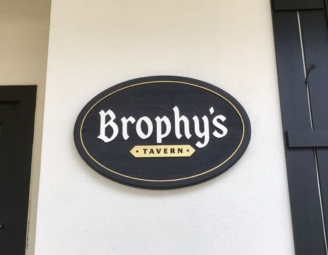 Brophy's Tavern Carmel | NevertoOldtoTravel.com | Gary House